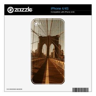 Brooklyn Bridge. iPhone 4 Skin