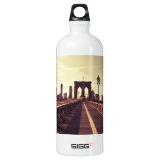 Brooklyn Bridge - New York City SIGG Traveler 1.0L Water Bottle