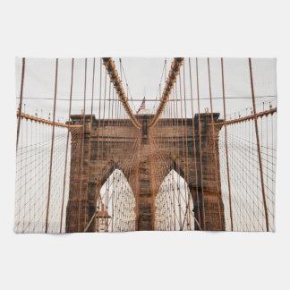 Brooklyn Bridge, New York Towel