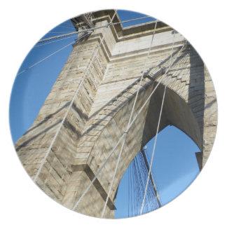 Brooklyn Bridge NY Party Plate