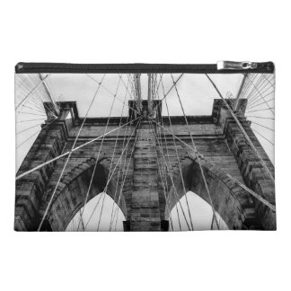 Brooklyn Bridge Photo in Black and White Travel Accessories Bags