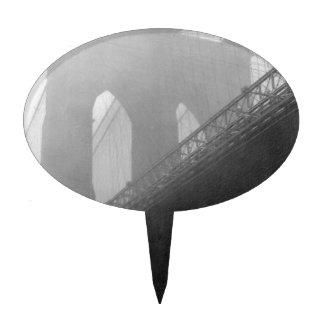 Brooklyn Bridge Top-Fog Cake Topper