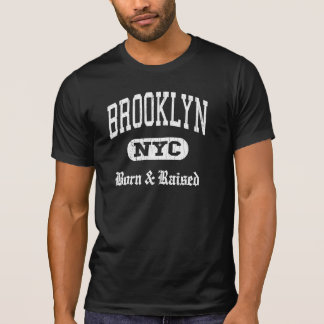 Brooklyn NYC llevada y aumentada Playera