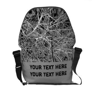 Brotes del enkianthus blanco bolsas de mensajería