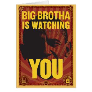 Brotha grande le está mirando tarjeta de