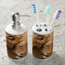 Browm lion tooth brush holder set