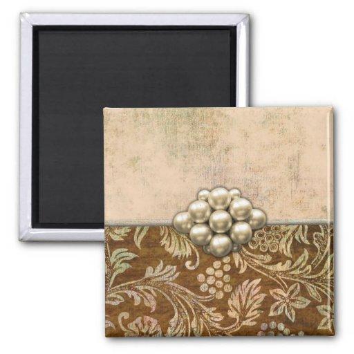 Brown apenado floral con las perlas imán