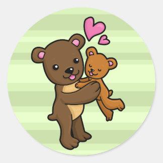 Brown bear hugging baby bear classic round sticker
