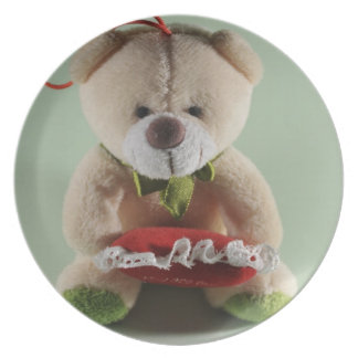Brown bear stuffed toy dinner plate