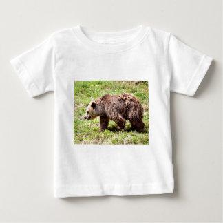 Brown bear walking baby T-Shirt