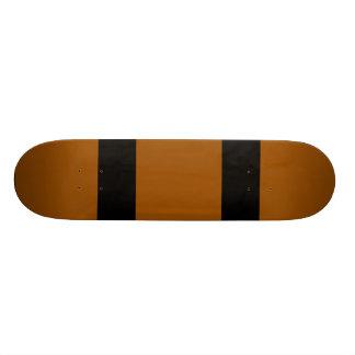 Brown con dos líneas negras tablas de patinar
