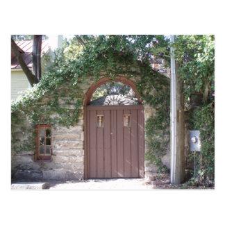 BROWN COURTYARD DOOR POST CARDS