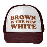 ¡Brown es el nuevo blanco! Gorro