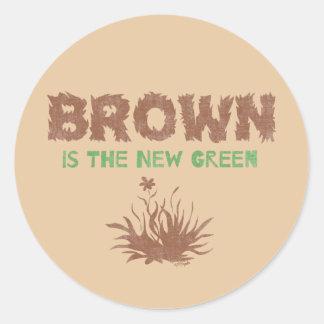 Brown es el nuevo verde pegatina redonda