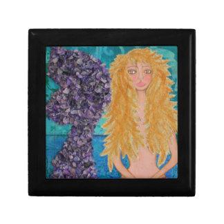 brown eyed mermaid.jpg gift box