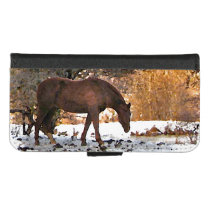 Brown Horse in Winter iPhone 8/7 Wallet Case