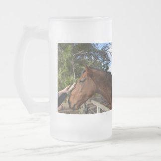 Brown_Horse, _Pat, _Big_Frosted_Glass_Beer_Mug Taza De Cristal