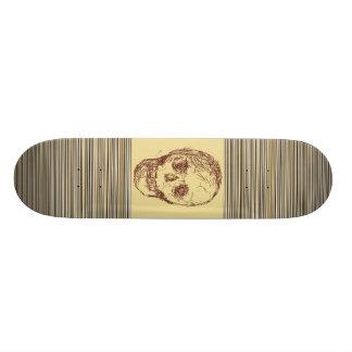 Brown Skull. Skate Deck