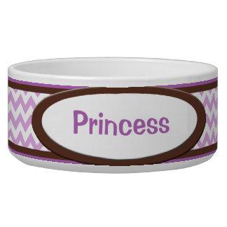 Brown y cuenco personalizado Chevron púrpura del p Tazones Para Perro