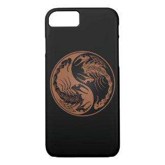 Brown y escorpiones negros de Yin Yang Funda iPhone 7