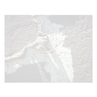 Brown y pared blanca (peladura) plantilla de membrete
