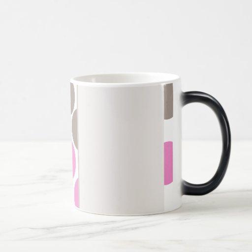 Brown y puntos rosados taza mágica
