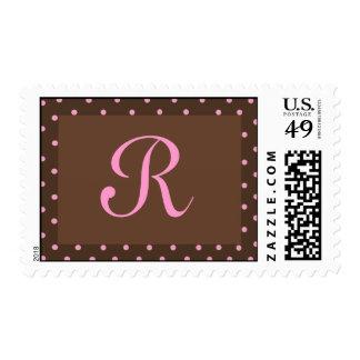 Brown y sellos rosados del monograma del lunar