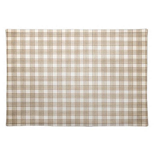 Brown y tela escocesa beige mantel