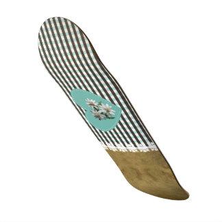 BrownOnTurquoise - Skateboard 8 1/2