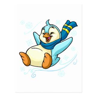 Bruce azul que resbala a través del hielo postales