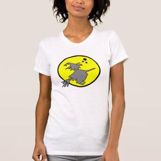 Bruja contra la luna camiseta