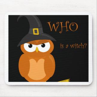 Bruja de Halloween - búho anaranjado Tapete De Raton