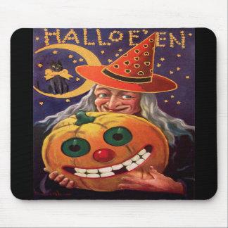 Bruja de Halloween con la calabaza divertida Tapetes De Ratón