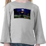 Bruja de Halloween con la caldera Camisetas