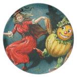 Bruja de Halloween del baile Plato