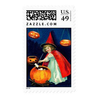 Bruja de Halloween del vintage con Jack O'Lanterns Franqueo