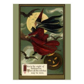 Bruja de Halloween del vintage que monta una Postal