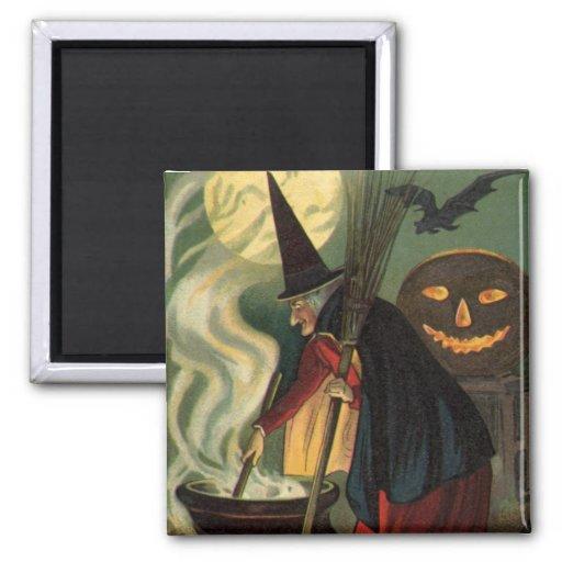Bruja de Halloween del vintage que revuelve la cal Imán