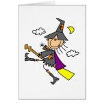 Bruja de Halloween en la escoba Felicitacion