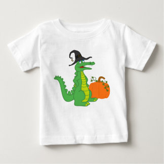 Bruja del cocodrilo con la calabaza de Halloween Poleras