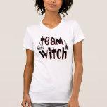 Bruja del equipo camisetas