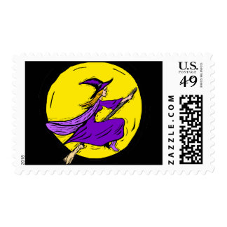 Bruja púrpura a través de la luna sellos