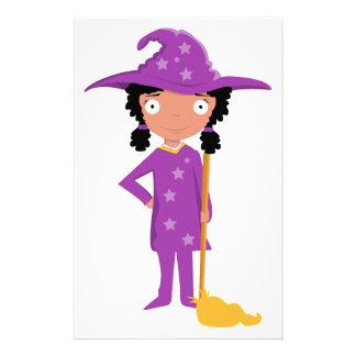 Bruja púrpura linda papelería personalizada