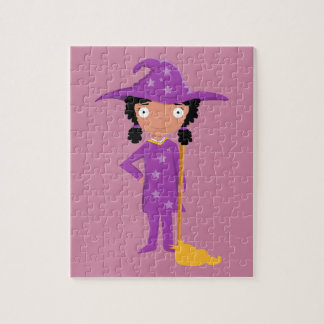 Bruja púrpura linda rompecabezas con fotos