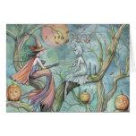 Bruja y fantasma de la tarjeta de Halloween