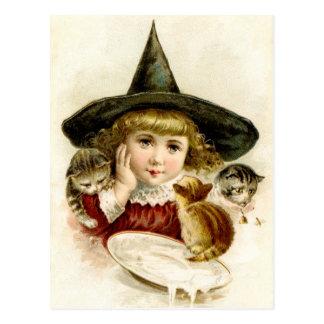 Bruja y gatitos del bebé del vintage en Halloween Postales