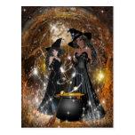 Brujas de Halloween en negro Postal