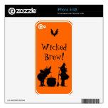 Brujas del Brew y piel traviesas de Halloween del  Calcomanía Para El iPhone 4