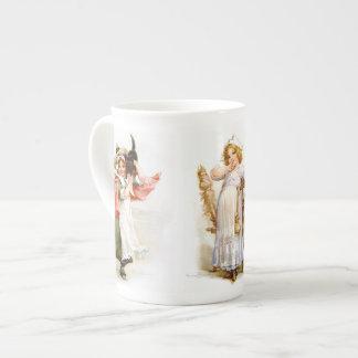 Brundage: Hace cientos años Taza De Porcelana