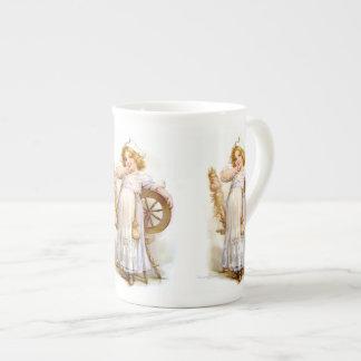 Brundage: Priscilla Taza De Porcelana